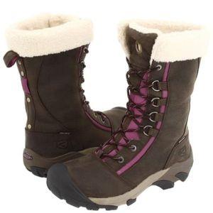 EUC KEEN WINTER BOOTS Size 7.5 EU 38